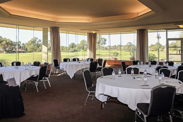 novotel-swan-valley-vines-resort-conference-room-natural-light.jpg