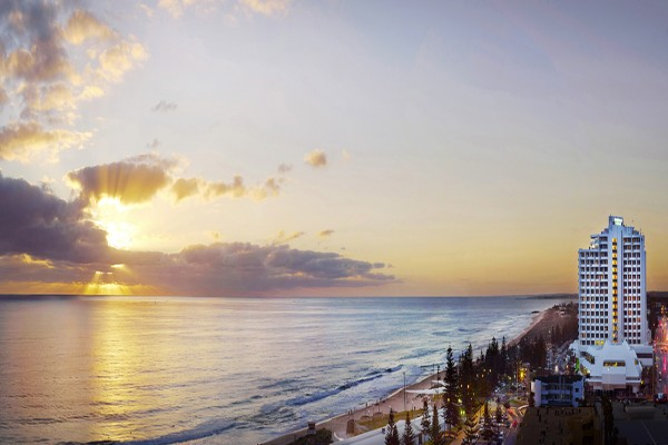 rendezvous-hotel-perth-scarborough-view.jpg